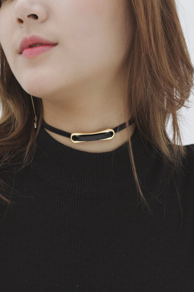 Zena Leather Choker