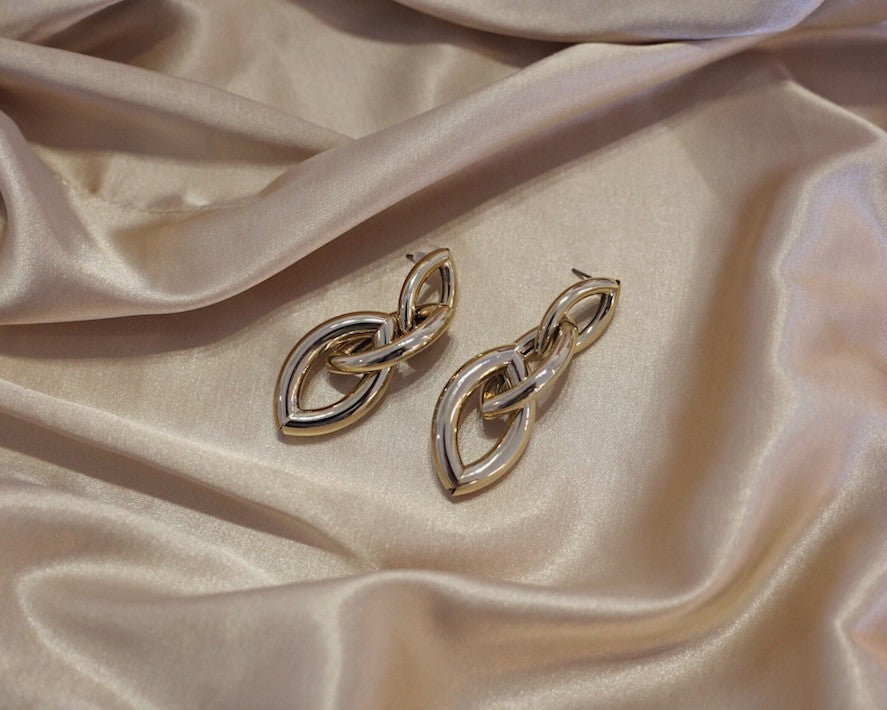 Min&Mia Prema Statement Earrings - Gold Link Earrings Silk