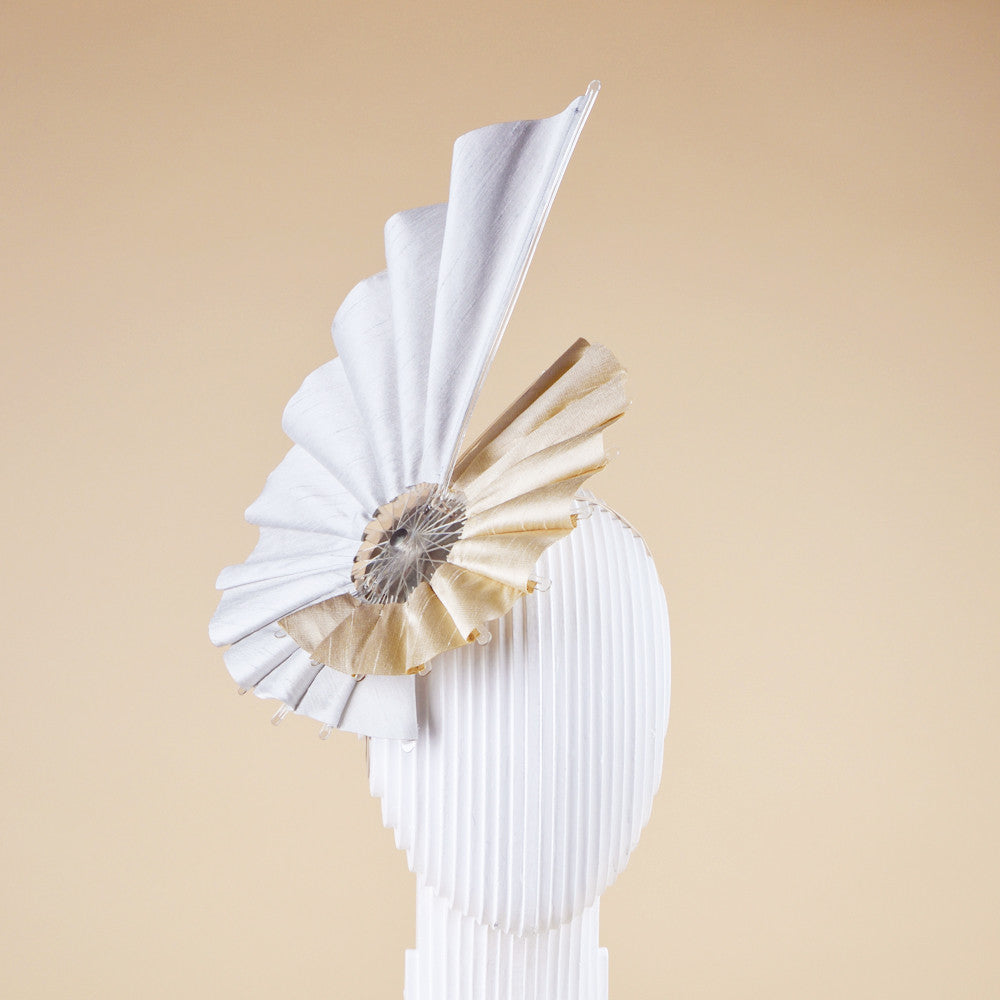 Helical teardrop fan headpiece