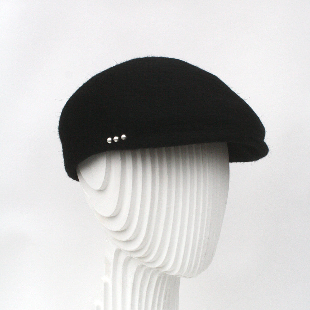Felt flat cap with pearl detail