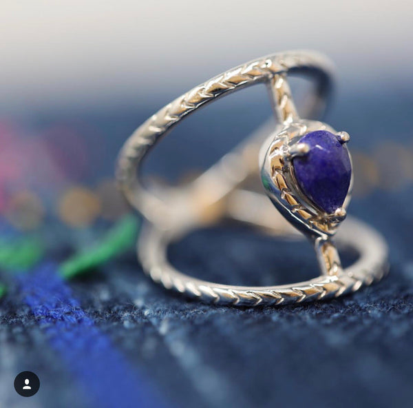 Chevron Bridge Love Twist- Lapis Lazuli