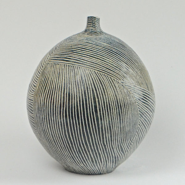 Contour Lines Collection: Round Vase (ombra)