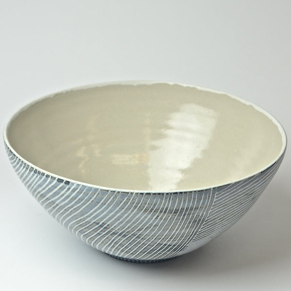Contour Lines Collection: Large Serving Bowl (ombra)