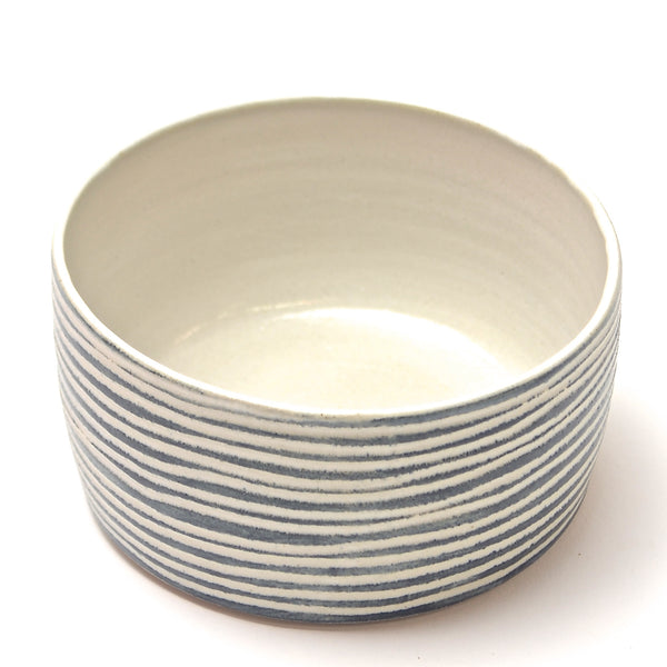 Contour Lines Collection: Round Oliva Bowl (ombra)
