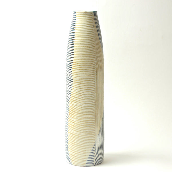 Contour Lines Collection: Large Stork Vase (ombra/terra)