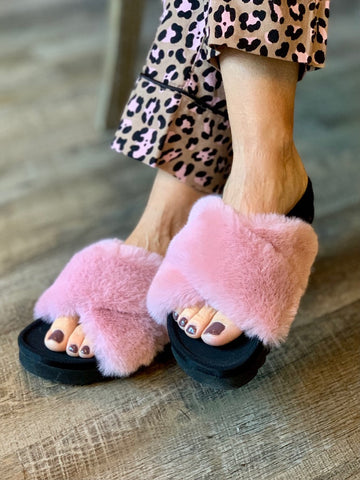 Steve Madden Amari Slippers - Pink Criss Cross Fuzzy Slippers Lounge