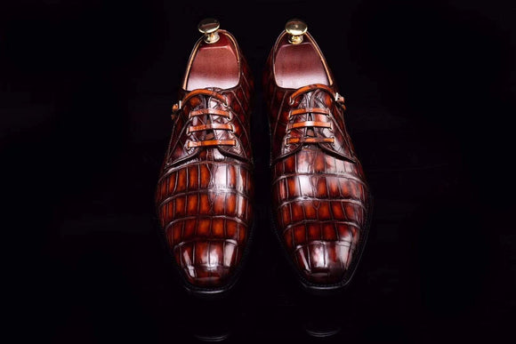 Lace-Up Shoes In Retro Brown Crocodile Skin Leather