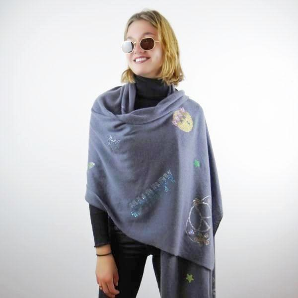 XL Chunky, knitted cashmere travel wrap #HAPPY (grey)