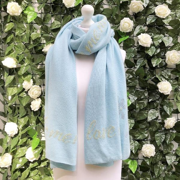 Pale blue XL Chunky, knitted cashmere travel wrap LOVE ME, LOVE ME NOT by Cashmere Rebel