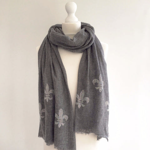 Noble Naturals cashmere scarf | graphite grey | FLEUR DE LYS ice white
