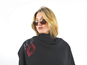 XL Chunky, knitted cashmere travel wrap KISS (black)