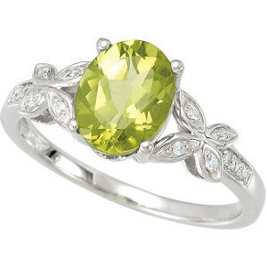 14KW Peridot and 0.06 ctw Butterfly Diamond Accented Ring