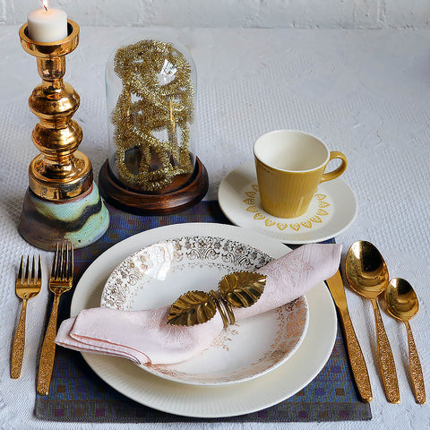 The Flashy Vintage Table