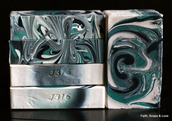 Green Irish Tweed Handcrafted Soap - Sandalwood - Iris - Clover
