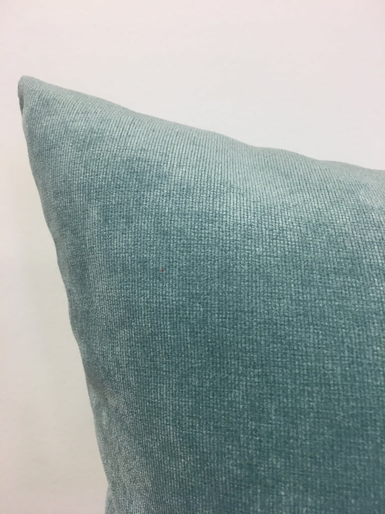 Royal Chenille Sea Breeze 17x17