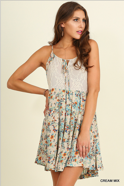 Floral print spaghetti strap dress with lace top