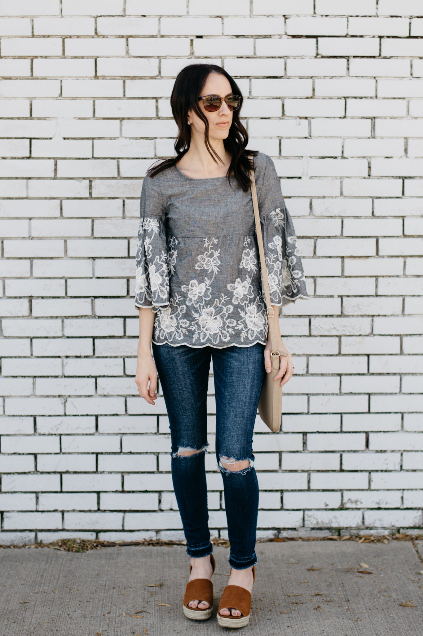 Gray 3/4 sleeve blouse with white floral hem
