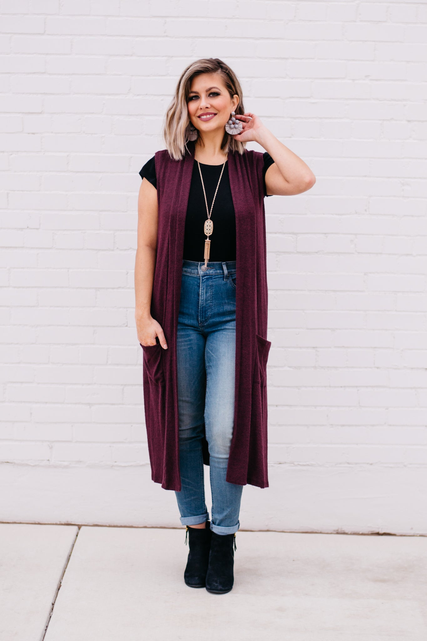 Sleeveless Open Front Vest in Eggplant