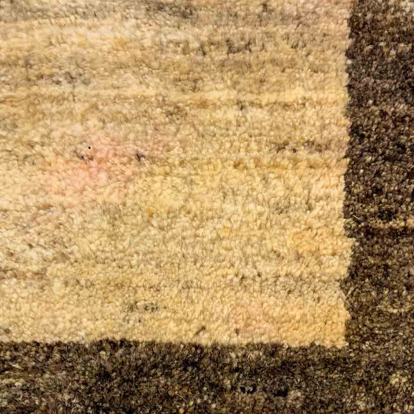 "Gabbeh 56.1 Iv/Brown - 2'9"" x 4'4"""