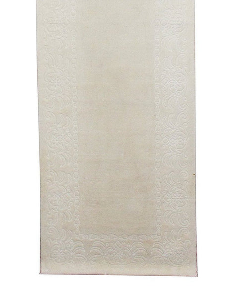 Hand Loom Embossed Ivory Runner