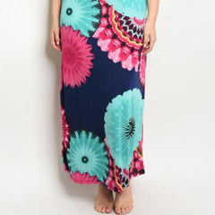 Plus size sleeveless flounced top and printed maxi dress.