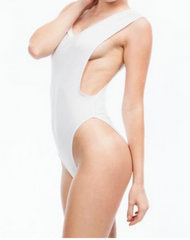 CUTE ONE PIECE SUIT