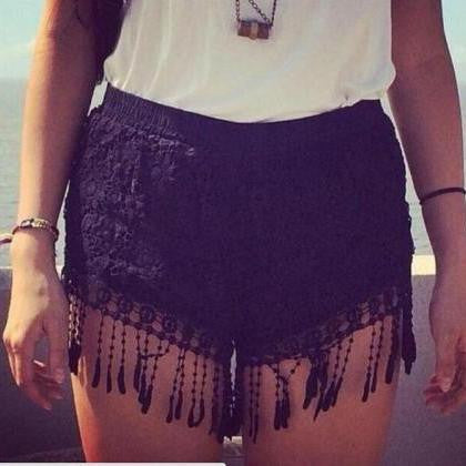 A99947 HOT LACE SHORTS