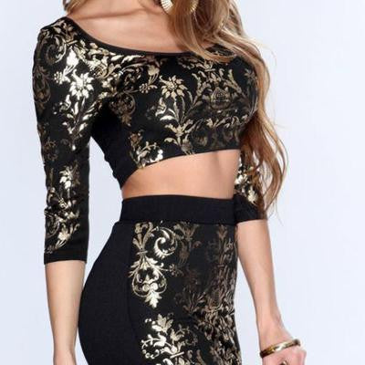 HALF SLEEVE OF HIP TWO-PIECE SLEEVE PACK SHOW BODY DRESS