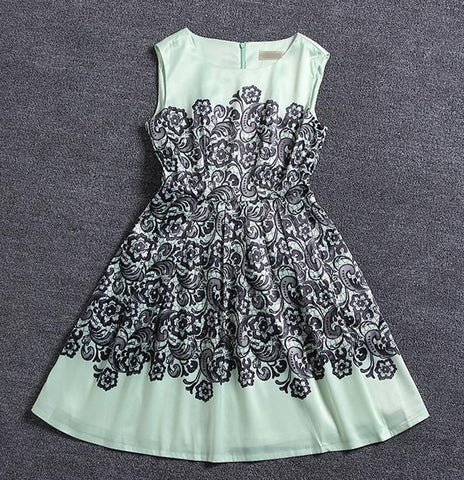 CUTE TOTEM FLOWER DRESS