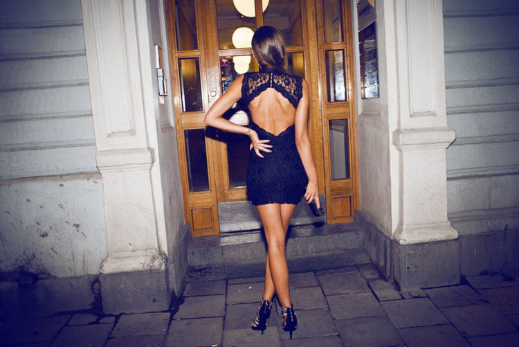 THE NEW LACE BACKLESS SLEEVELESS PACKAGE BUTTOCKS DRESS