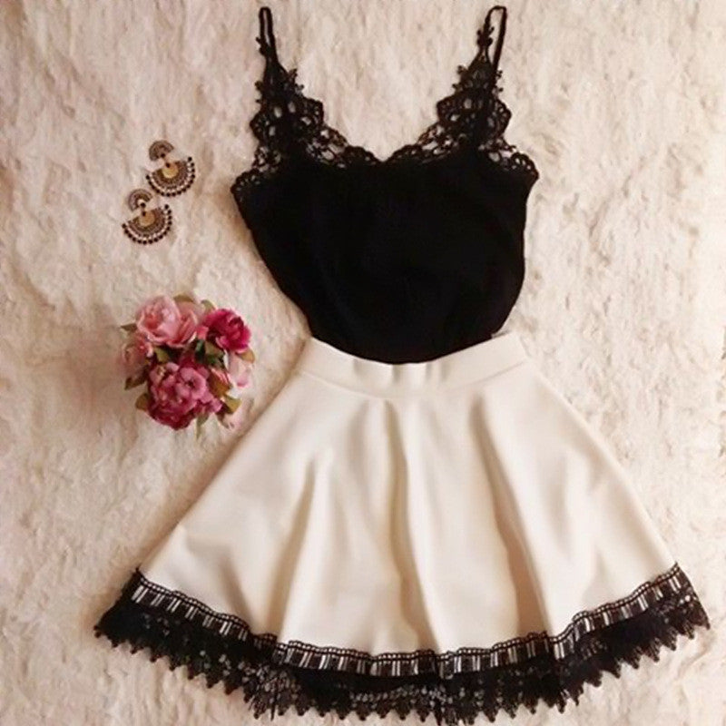 HOT BLACK WHITE LACE DRESS
