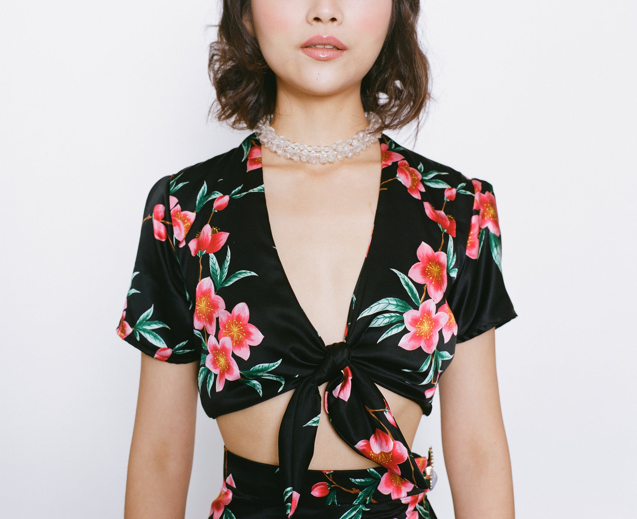 COPACABANA KNOTTED TIE CROP TOP