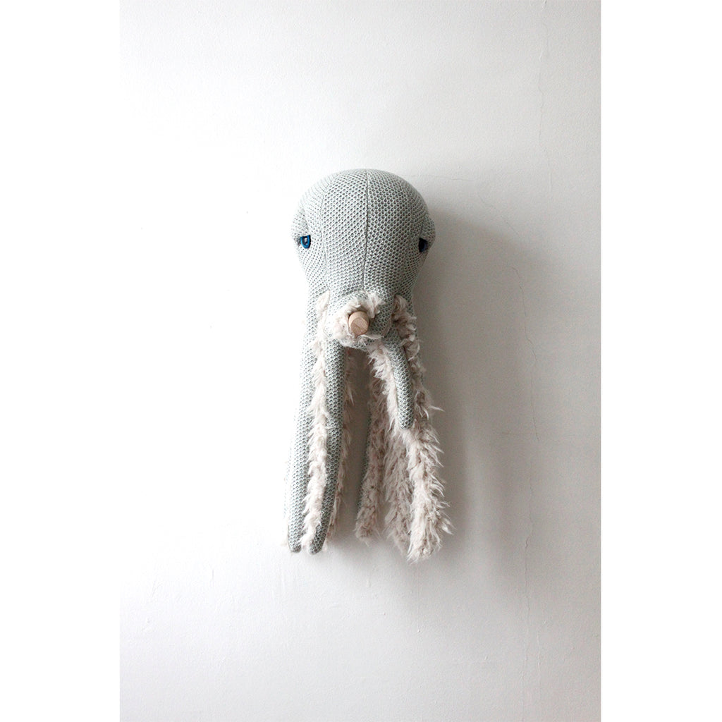 Small Grandma Octopus