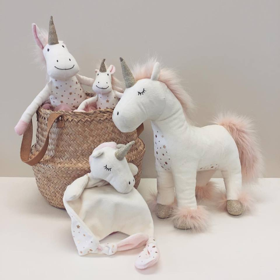 LOVE THIS! Stardust the Unicorn Comforter from Lily & George - shop at littlewhimsy NZ