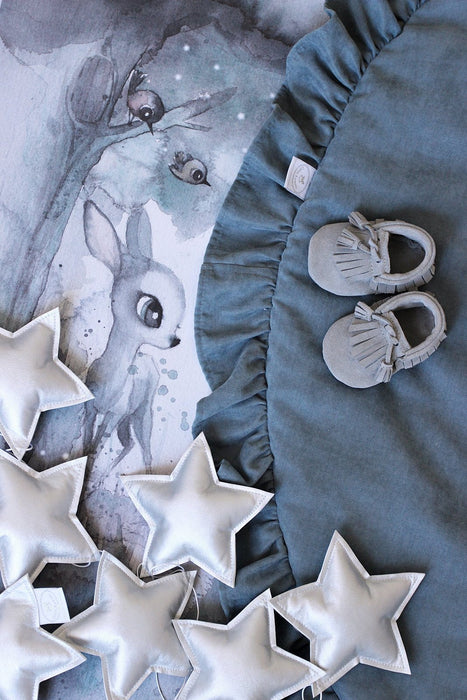 LOVE THIS! Star Garland Silver from Cotton & Sweets - shop at littlewhimsy NZ