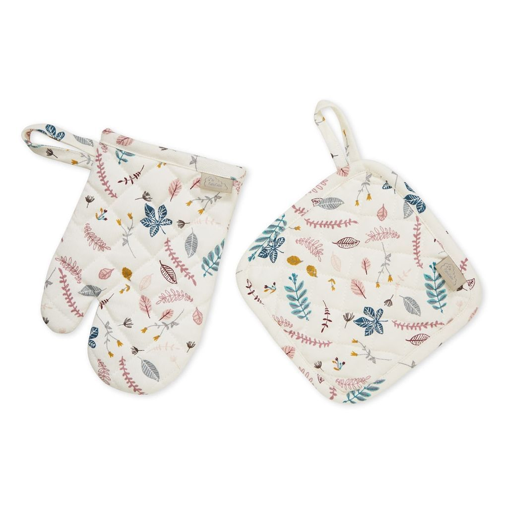 LOVE THIS! Cam Cam Kids Oven Glove and Pot Holder Play set - Pressed Leaves from CamCam - shop at littlewhimsy NZ