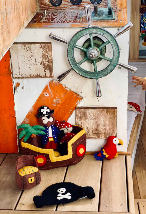 Le Toy Van Barbarossa Pirate Ship - little whimsy - 1
