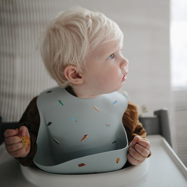Mushie Silicone Baby Bib - Retro Cars Blue