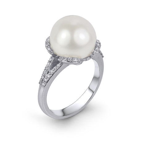 14KT Gold Pearl Diamond Ring
