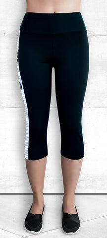 Capri Leggings with Small B&W Dragon Side Panel with Pocket