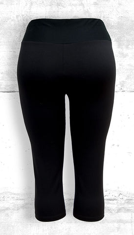 Capri Leggings with Small B&W Dragon Side Panel with Pocket - Back View
