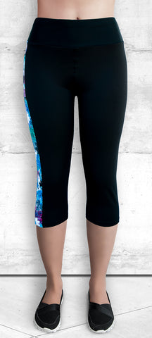 Capri Leggings - Blue-Pink Maple Leaves