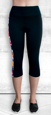Capri Leggings - Autumn Maple Leaves