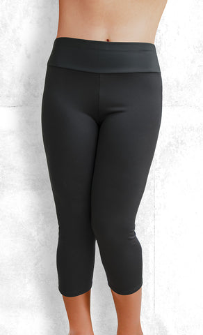 Capri Leggings - Black (#1001)
