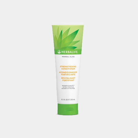 Herbal Aloe Strengthening Conditioner (250ml)