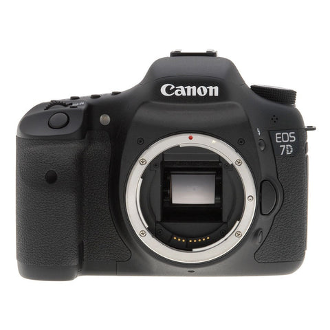 Canon EOS 7D Body 18.0 MP 19 AF Points DSLR Camera (Japanese Version)