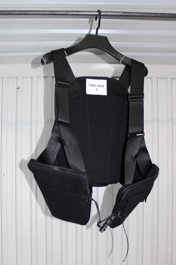 CARL IVAR + NELLY JOHANSSON UTILITY VEST RIG - NELLY JOHANSSON