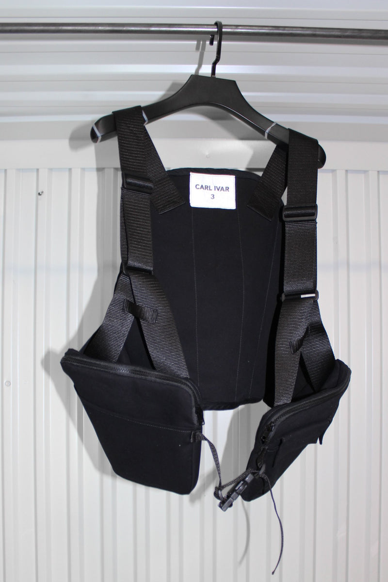 CARL IVAR + NELLY JOHANSSON UTILITY VEST RIG - LEATHER - NELLY JOHANSSON