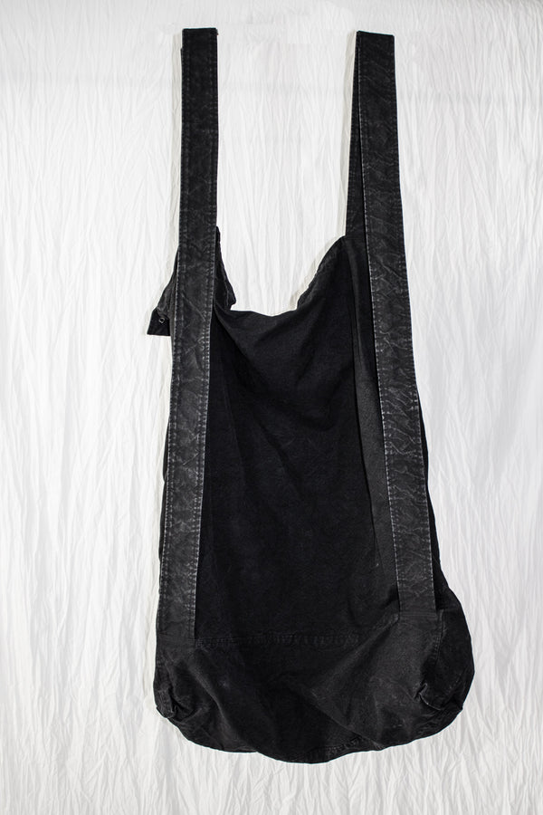 NELLY JOHANSSON OVERSIZED BAG -BLACK