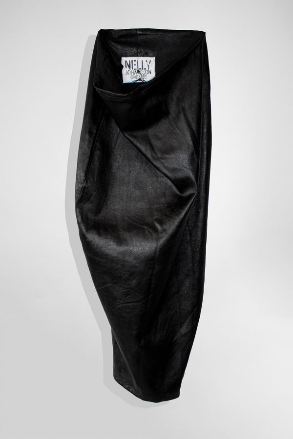 LEATHER PENCIL SKIRT - NELLY JOHANSSON